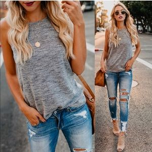 Vici collection gray tank